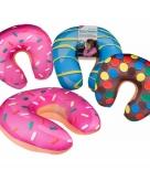 Bruine donut nekkussen met spikkels