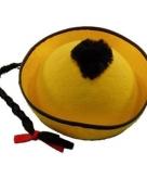 Geel aziatisch hoedje met vlecht voor kinderen