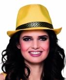 Gele trilby hoed met gouden band