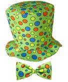 Groene clownshoed met strikje