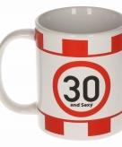 Koffiemok leeftijd 30 and sexy 10 cm