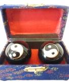 Massagekogels in kistje 4 5 cm yin yang