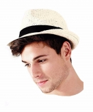 Papierstro hoed trilby model