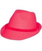 Tribly hoed in het neon roze