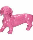 Tuinbeeld teckel hondje roze 29 cm
