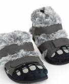 Volwassenen pantoffels harige voeten