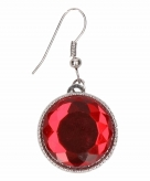 Zilveren metalen oorbellen met rode robijn chunk